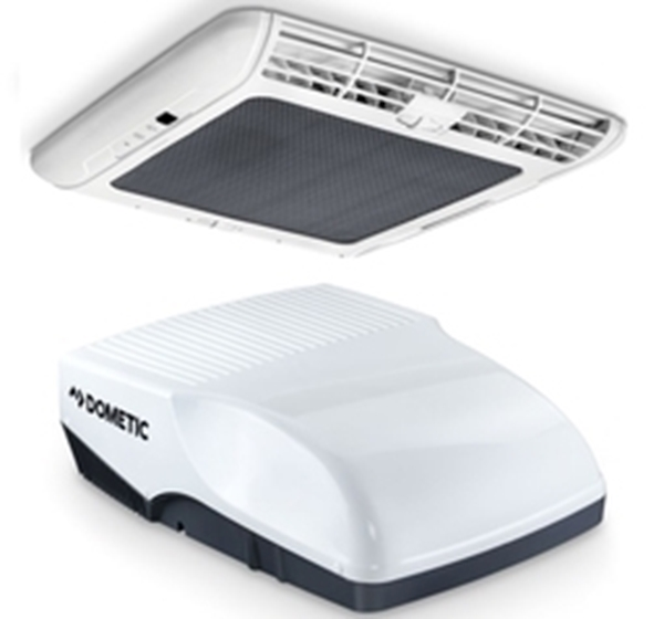 Picture of Dometic 2200Watt roofmount Aircon, installed in Maxmo